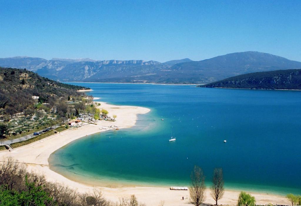 Camping verdon bleu lavande - Camping lac st croix avec piscine ...