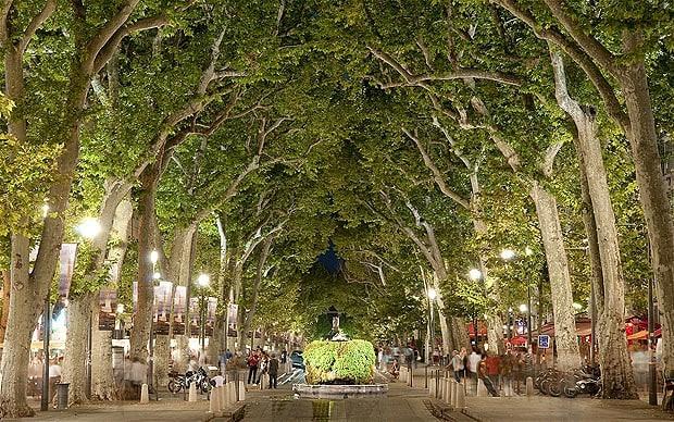 Camping proche aix en provence bleu lavande - Residence les jardins d arcadie aix en provence ...
